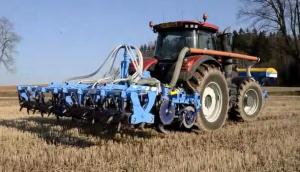 Farmet公司Strip-Till條播機-作業視頻