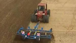 Farmet公司Triolent系列整地机-作业视频