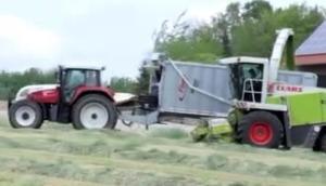 Fliegl公司GIGANT系列饲料拖车-作业视频