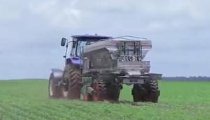 Stara公司Hercules10000Inox自走式撒肥机-作业视频