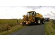 纽荷兰FR9000青贮机intellifill自动跟踪拖车系统