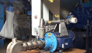 Farmet公司飼料壓制機作業視頻