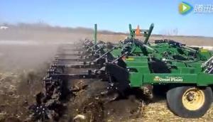 大平原公司Turbo-Chisel玉米茬整地