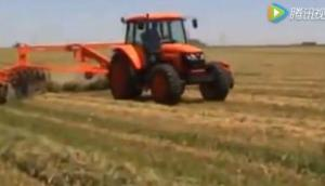 库恩SR系列指轮式搂草机作业视频