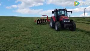 伊諾羅斯RT系列指輪式摟草機作業視頻