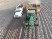 DoubleL公司大型馬鈴薯收獲設備作業視頻