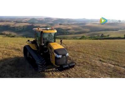 挑战者MT700E0系列全履带拖拉机视频