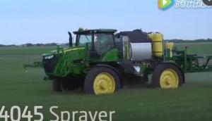 约翰迪尔新款R4045自走式喷药机视频