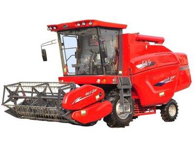 东方红4LZ-8B1小麦机作业视频