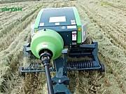 世达尔正牵引方草捆打捆机打水稻秸秆作业视频
