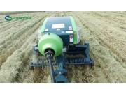 世達爾正牽引方草捆打捆機打水稻秸稈作業視頻