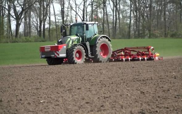 格立莫甜菜機械作業視頻2018