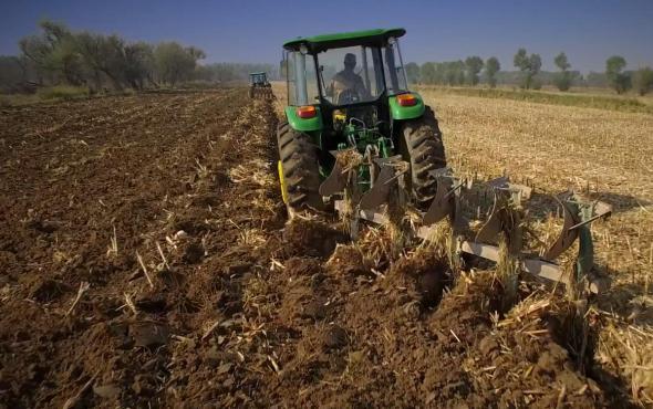 约翰迪尔6B系列95-140马力拖拉机产品视频
