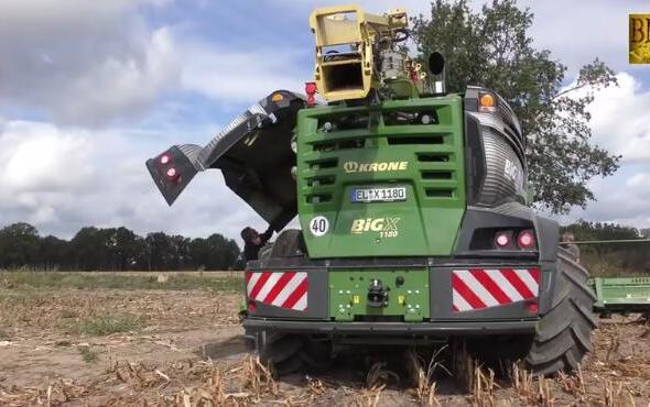 科羅尼BiGX1180大馬力自走式青貯飼料收獲機