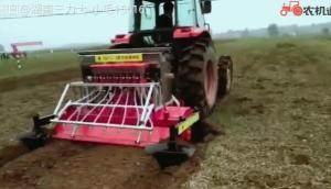 旋耕施肥播種機作業視頻