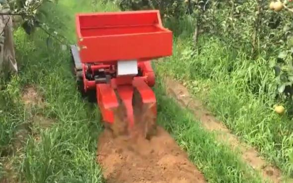玛斯特遥控履带自走式施肥机作业视频