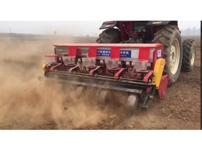 鑫樂免耕播種機作業視頻