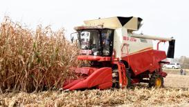 北大荒建三江—碧桂園無人化農場玉米全程無人機械化作業
