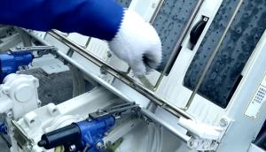 東風井關PZ60-A系列高速插秧機取苗量少檢查