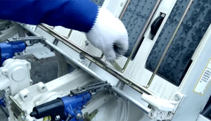 東風井關PZ60-A系列高速插秧機更換秧針