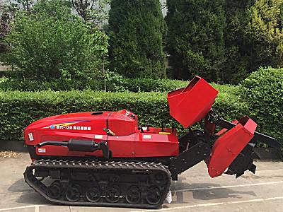 菱代履带果园管理施肥机作业视频