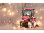 東方紅ME704-N輪式拖拉機作業視頻