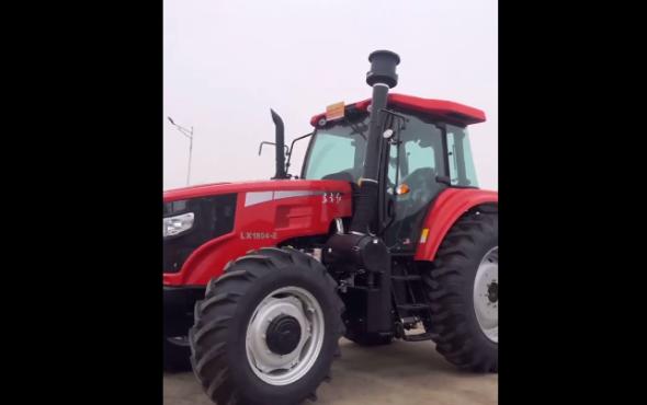 东方红LX1804-E轮式雷火产品介绍