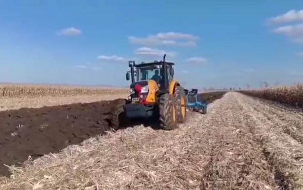 萨丁2204拖拉机作业视频