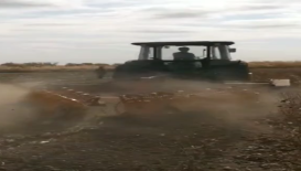 中州興發秸稈還田機新疆地區棉田殘膜回收演示