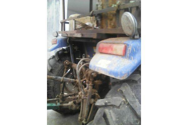 雷沃欧豹M700-A拖拉机