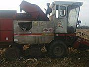 春雨4YZP-2C自走式玉米收获机