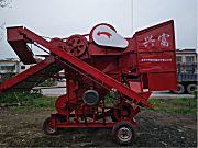 XF14O一18O型花生摘果机