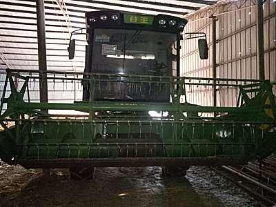中联谷王4LZ-8CZ谷物联合收割机