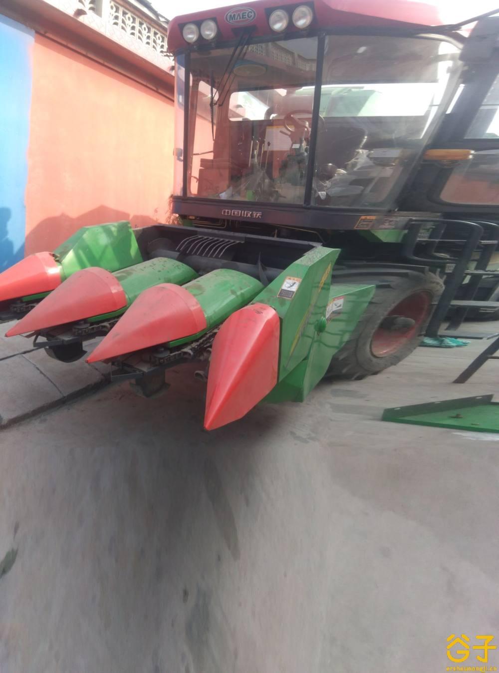 中国收获4YZ-3F1玉米收获机