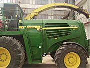 约翰迪尔7750自走式青贮机
