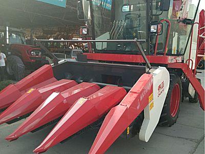 春雨CP S40(4YZP-4C)玉米收获机