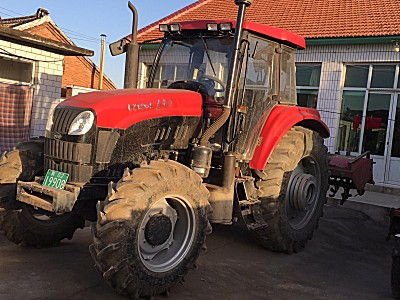 东方红LX1204轮式拖拉机