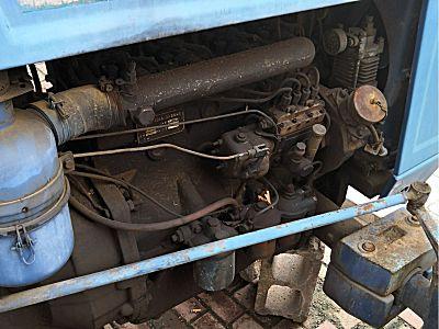 上海牌SH1504拖拉机
