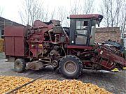 勇猛4YZ-4E自走式玉米收获机