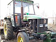 约翰迪尔8202拖拉机