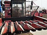 新疆牧神4LZ-8型自走式谷物联合收割机