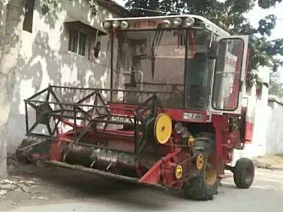 雷沃谷神GE40小麦联合收割机