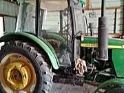 约翰迪尔5-800拖拉机