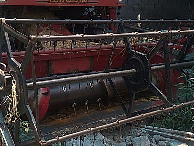 雷沃谷神GE40(4LZ-4E1)轮式谷物联合收割机