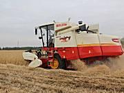 雷沃谷神GE70小麦收割机