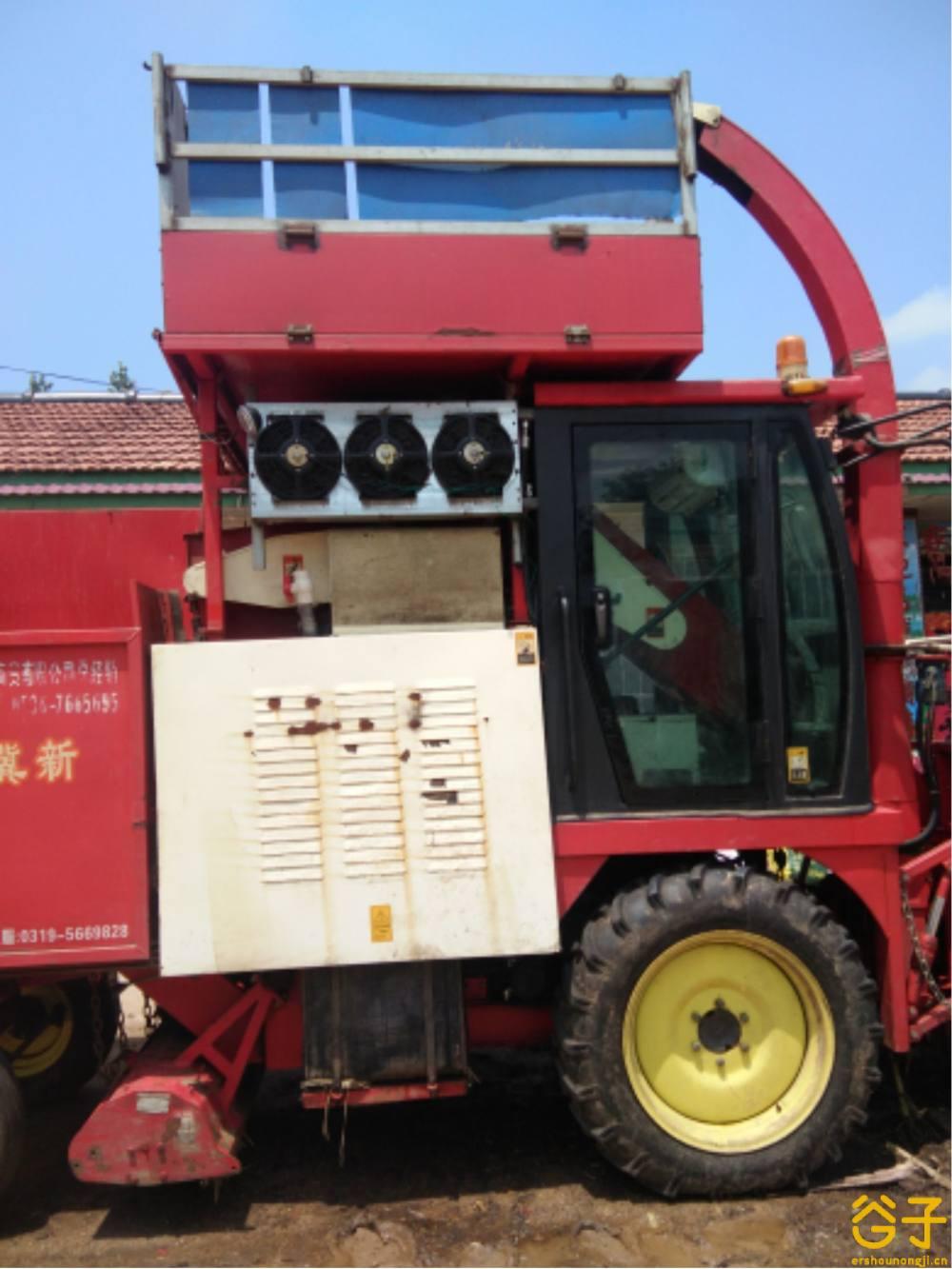 河北冀新4YZQ-2C1自走式玉米收获机
