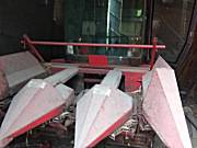 春明4YZP-3B自走式玉米收获机