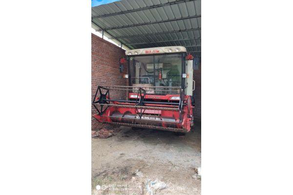 雷沃谷神GE70(4LZ-7E1)小麦收割机