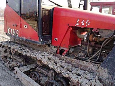 东方红c1202推土机东方红C1202履带式拖拉机
