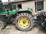 約翰迪爾8202拖拉機